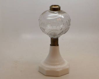 Atterbury Chapman Oil Lamp - Antique Oil Lamp - Kerosene Lamp - Atterbury Lamp - Antique Lighting