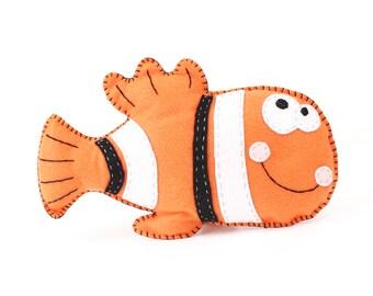 Clown Fish Stuffed Animal Pattern, Hand Sewing Pattern, Felt Clown Fish Plush Toy, Clown Fish Softie, Under the Sea