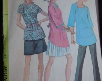 McCall's Step by Step Pattern 9693 Medium Hobby Smock Sewing Pattern Apron