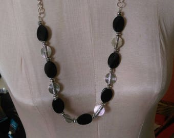 "30"" Black and Silver Necklace Set"