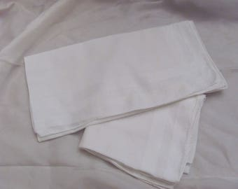 Hankie Lot of 2 Large Solid Color Cotton MENS Hankies (25Z)