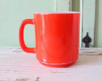 Vintage Red Milk Glass MUG.....coffee. tea. colorful. rainbow. retro housewares. kitsch. 80s housewares. gift. kitchen. drink.
