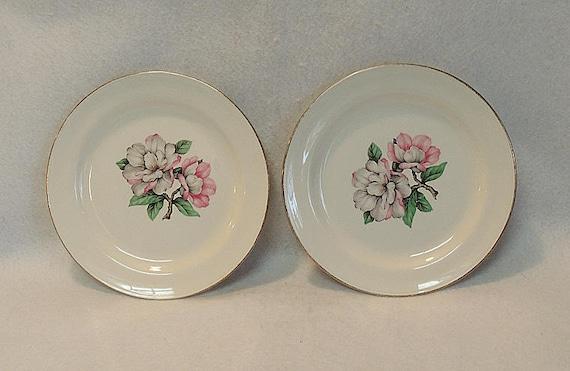 "2 Vintage 7.25"" Plates.. Homer Laughlin Nautilus Magnolia 22KT Gold Trim.. 1953"