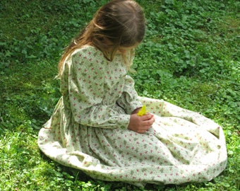 LAURA - Size 7/8 Girls Prairie Dress - Laura Ingalls Dress - Sage Green Calico Pioneer Dress - Ready to Ship