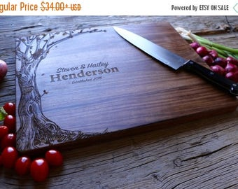 ON SALE Personalized Cutting Board, Engraved Cutting Board, Personalized Wedding Gift, Wedding Gift, Housewarming Gift, Anniversary Gift
