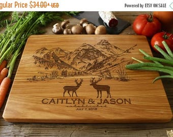 ON SALE Personalized Cutting Board, Engraved Cutting Board, Personalized Wedding Gift, Housewarming Gift, Anniversary Gift