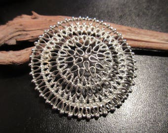 Vintage Sarah Coventry 1969 Venetian Large Round Filigree Silver Tone Brooch