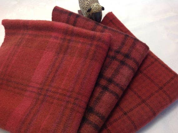 3) fat 1/4s, Autumn Reds, Hand Dyed Wool Fabric, W359, Soft Warm Reds, Country Red Plaids, Primitive Reds