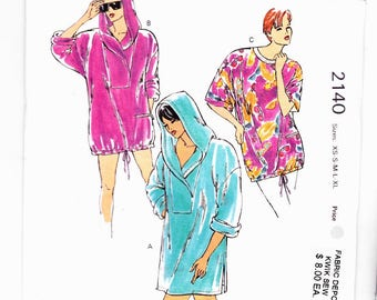 Kwik Sew 2140 Sizes xs-s-m-l-xl UNCUT Misses Oversized Coverup With Short Sleeves and Bottom Drawstring