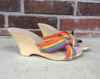 vtg 70s RAINBOW STRIPED peep toe WEDGE Heels sandals 6.5 vegan retro shoes colorful hipster indie disco