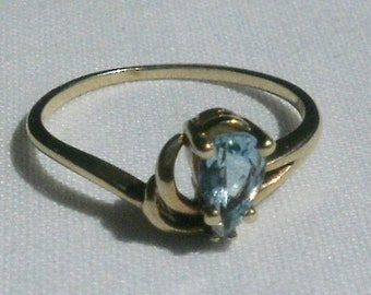 10 K Yellow Gold Ring-Size 6 1/4