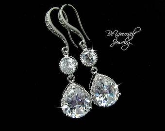 White Crystal Bridal Earrings Teardrop Wedding Earrings Cubic Zirconia Bride Earrings Wedding Jewelry Bridesmaid Gift CZ Bridal Accessories