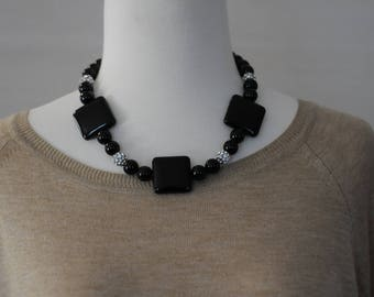 SALE - Bib Necklace, Black short Necklace, Black Onyx Necklace, Gift for her, Holiday Gift, Everyday use, semi precious necklace