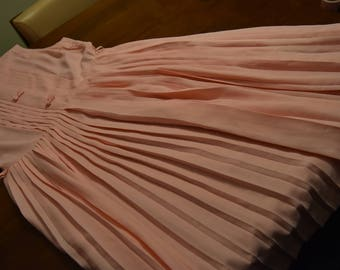 Original 1960s Pink Pleated Dress with Belt