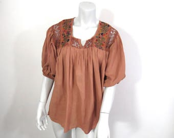 Vintage 70s Folkloric Embroidered Cotton Peasant Blouse