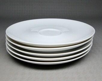 Eva Zeisel Haviland Bavaria Germany set of 5 saucers , classic white .