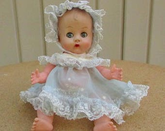 vintage 50s vinyl drink wet doll molded hair sleep eyes with outfit