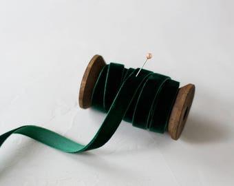 "Hunter Green Velvet Ribbon (with Wooden Spool) - 5 yards - 3/8"" wide"