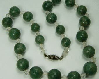 1930s French Art Deco Dark Green Amazonite Rock Crystal Necklace Beaded Necklace