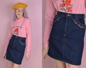 90s Floral Embroidered Denim Skirt/ 24 Waist/ 1990s