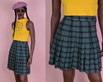 90s Plaid High Waisted Skirt/ 26.5 Waist/ 1990s/ Pleated