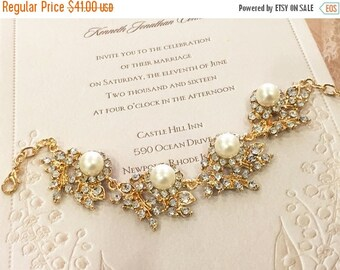 Bridal bracelet, Wedding jewelry,bridal jewelry, Pearl bracelet, bridesmaid bracelet, Rose gold bracelet,bridesmaid gift, crystal bracelet
