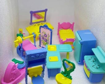 Little People Bedroom Kitchen Bathroom Work out Equipment Dollhouse hard plastic Hong Kong  furniture lot  1 inch scale
