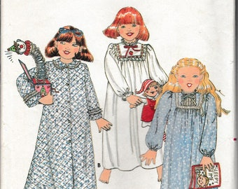 1970's Sewing Pattern Butterick 4100 toddler's robe and nightgown size 2