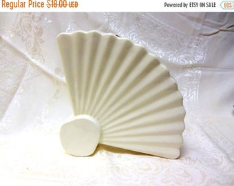 Summer Sale Vintage Art Deco Fan Shaped Vase