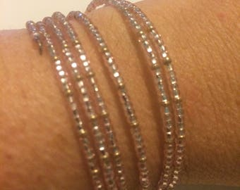 Pink, clear & gold memory wire seed bead stretch bracelet