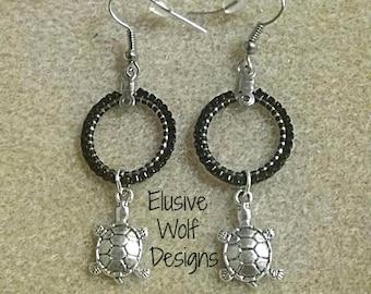 Beaded Turtle Earrings - Turtle Earrings - Hoop Earrings - Beaded Dangle Earrings - Gift Jewelry - Elusive Wolf