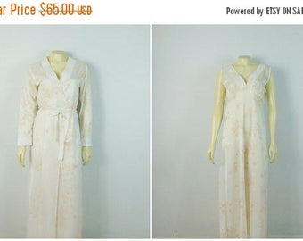 B-DAY SALE Vintage Nightgown & Dressing Gown Robe Ivory Peach Flower 70s 80s Nikki Nightgown Belted Robe Size Medium