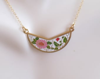 Gold Filled Floral Bib Necklace, Vintage Enamel Flowers Pendant, Layering Necklace, Red and Pink Floral Pendant, Minimalist Necklace