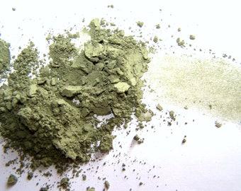 Mineral Makeup -  Everlasting Green Shadow - Green  Eyeliner - Vegan Friendly Makeup