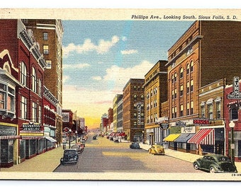 Vintage Postcard Phillips Ave Looking South Sioux Falls South Dakota