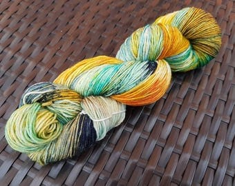 Beachmaster: 100g hand dyed merino/nylon sock yarn