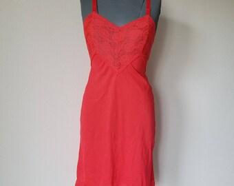 Vintage Red Slip 1950's Seamprufe Size 34