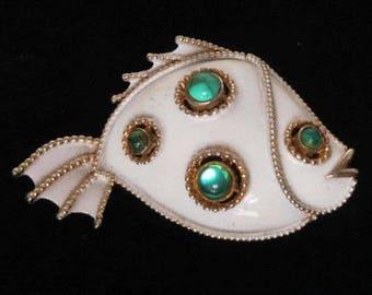 JJ Fish Brooch Signed Jonette Jewelry White Enamel &  Emerald Green Cabochons 2' Vintage