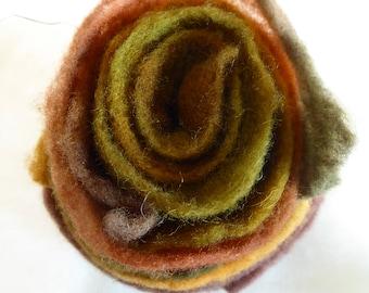Hope Jacare Designs - Hand dyed pre felt edging pieces -  ER04
