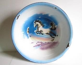 Huge Vintage Enamelware Graniteware Large Horse Bowl Bumper Harvest