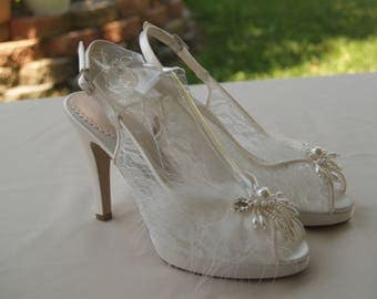 Lace Wedding Shoes IVORY US Size 8,heel 3 3/4'' sling back Peep Toe  with pearls crystals,Modern Cinderella See Thru Lace ,Ready to Ship