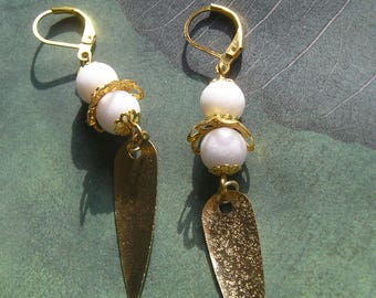 AYVLYN Long Glitzy Dangle Earrings White Alabaster and Gold Tone Metal