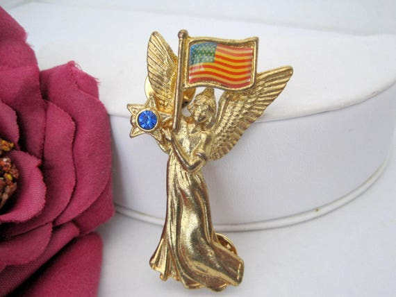 Patriotic Flag Pin  - Angel of Vision-   by TGT Inc - Vintage Holiday Pin