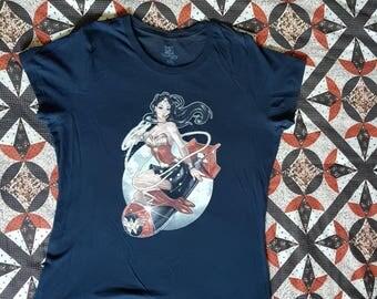 Navy wonder woman xxl tshirt