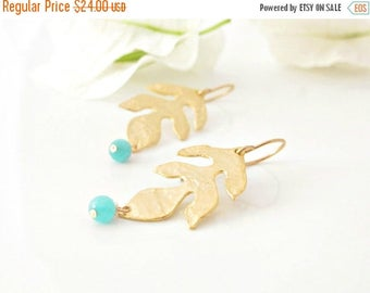 ON SALE Gold Leaf Earrings -  Gold Leaves - Leaf Earrings -  Nature Jewelry
