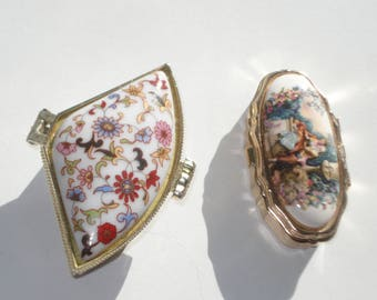 Vintage Pair of  Little Pill Boxes - Small Keepsake Trinket Ring Box - Floral Small Dressing Table Ornament
