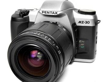 Pentax MZ-30 35mm SLR Film Camera with 28-80mm Zoom Lens Vintage 1990s Model