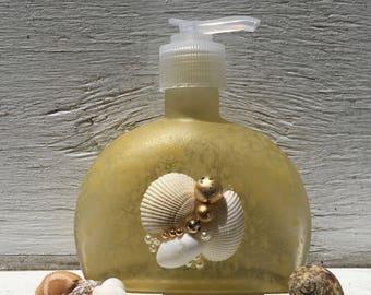 Seashell Soap and Lotion Dispenser, Seashell Soap Pump, Coastal Bathroom, Beach Bathroom, Bridal Shower Gift, Hostess Gift, Unique Gift