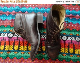 SALE Brown Leather Boots Lace ups Granny Booties Vintage 38.5 8.5 Made in Italy