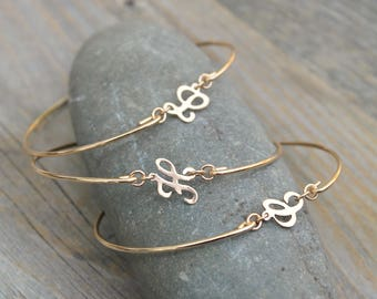 Initial bangle bracelet, Personalized 14k Gold Filled stacking bangle, monogram customized letter, stacking, custom bridesmaids gift